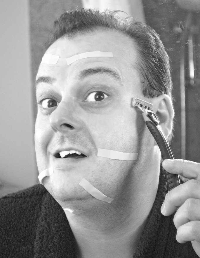 Facial shaving fixes shaving to far